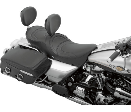 LOW-PROFILE TOURING SEATS WITH EZ GLIDE I™ BACKREST SYSTEM-