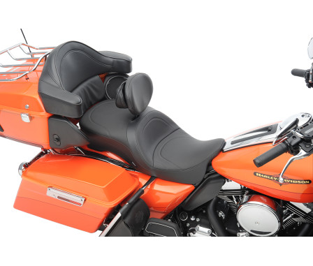 LARGE TOURING SEATS THAT ACCEPT FRAME MOUNTED BACKRESTS-