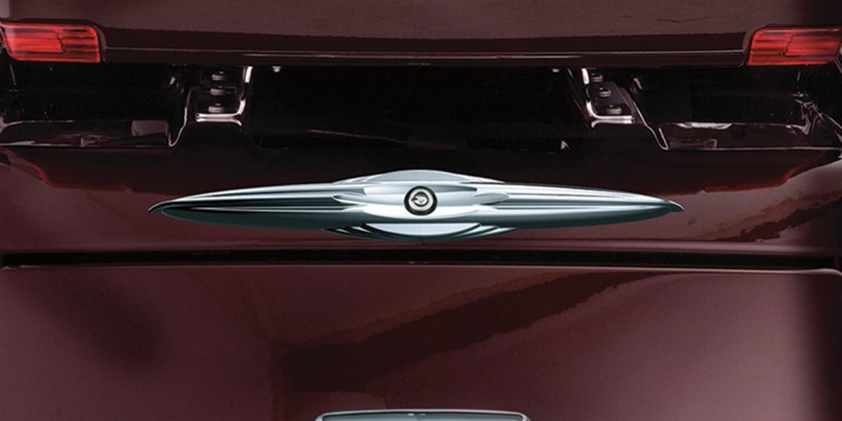 Kuryakyn 7215 Chrome Rear Trunk Latch Key Accent for 09-13 Harley Touring FLHXXX