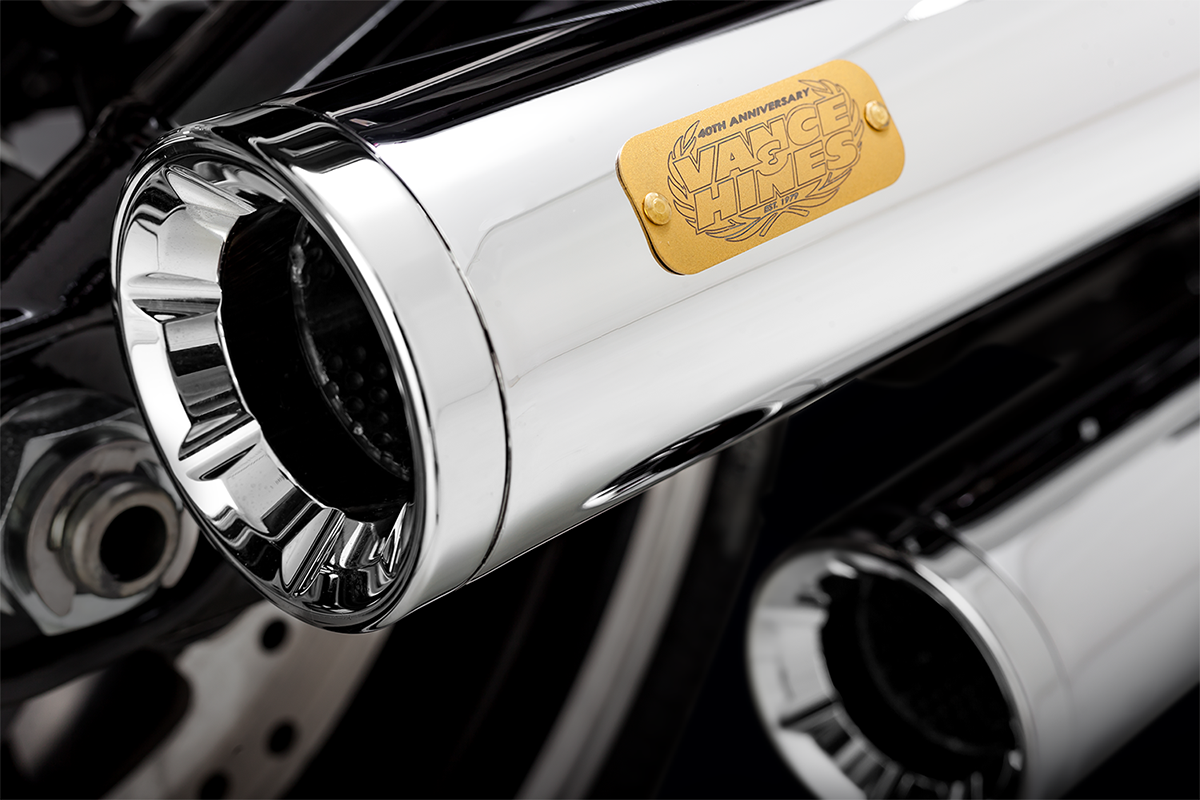 Vance & Hines Chrome Eliminator 300 Slip on Mufflers 18-19 Harley Softail FLFB