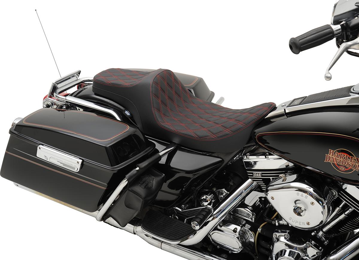 Drag Specialties Black Diamond Stitch Predator 3 Seat for 97-07 Harley Touring