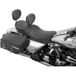 LOW-PROFILE TOURING SEATS WITH EZ GLIDE I™ BACKREST SYSTEM