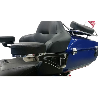 ARMREST PASSENGER HD | Products | Drag Specialties®