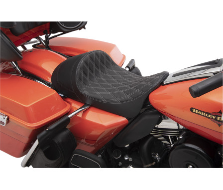 EZ-ON MOUNT LOW-PROFILE SOLO SEATS WITH FORWARD POSITIONING-