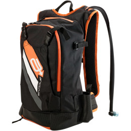 TECHNICAL HYDRATION BACKPACK